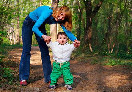 Что взять с собой на прогулку с ребенком в летнее время?