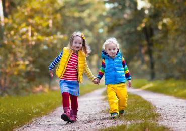 Ребенок не любит гулять на улице. Ищем причины.