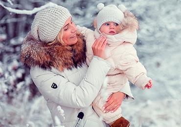 Зимние игры с ребенком на улице